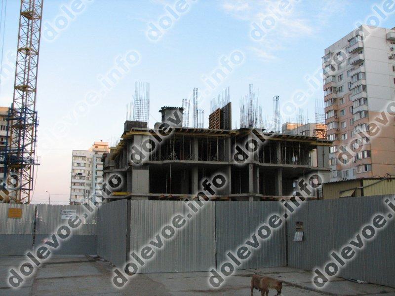 Фото новостройки Жилой дом по ул. Чекистов, 26 от Нефтестройиндустрия-Юг (28.06.2012)